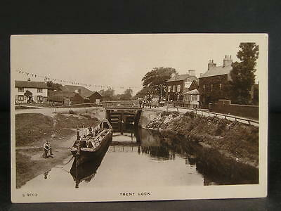 no 132  Canal  Photo Postcard Trent Lock and Barges