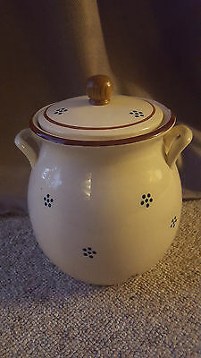 Gailstyn Sutton Towle Dotted Cookie Jar With Handles & Lid
