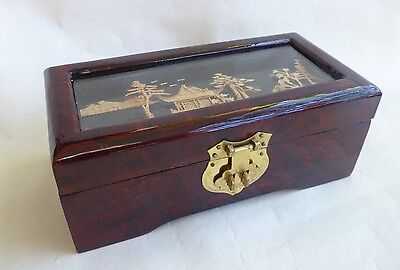 Asian Chinese Lacquered Wood Carved Cork Art Jewellery Trinket Box Red Lining