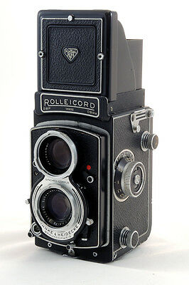 Rolleicord Va Type II TLR with leather case & strap