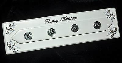 Ganz Measuring Spoon Polystone Happy Holidays Wall Display Rack NEW
