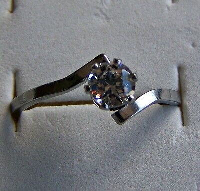 Size:5 ~ S/steel  ~ Cz~ Ring -- (Great_Christmas_Gift)