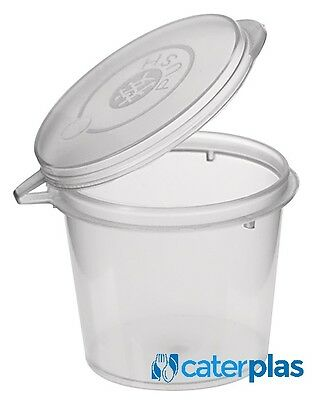 Vegware VHD-12 Hinged deli container 12 oz. Pack of 50