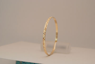 10K gold 4.1 mm bangle / bracelet