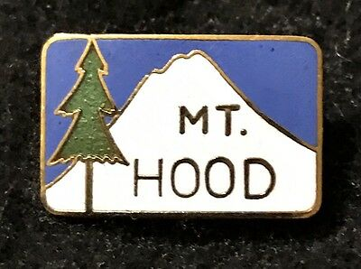 MT. HOOD Vintage Skiing Ski Pin Timberline lodge OREGON OR Travel Resort