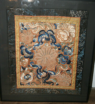 ANTIQUE 19c CHINESE SILK EMBROIDERY A FORBIDDEN STITCH COBALT PANEL 1 FLOWERS