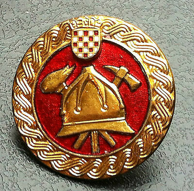 Croatia Hrvatska - Fire Fighting - Firemen - Very rare badge - IKOM ZAGREB !