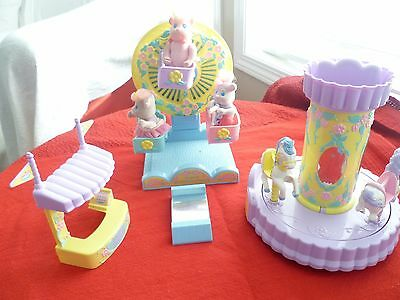 1991 Tyco Bitsy Bears Musical Ferris Wheel, Musical Carousel, Treat booth and +