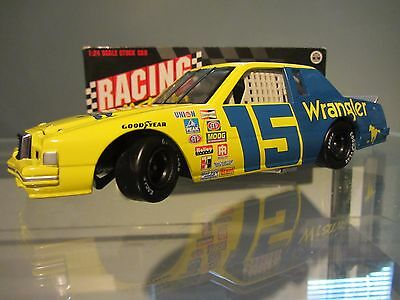 Dale Earnhardt Sr #15 Wrangler 1982 Ford T-Bird 1/24 NASCAR Diecast -Mark on box