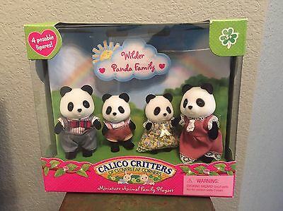 Wilder Panda Family - Dollhouse Toys by Calico Critters (CC1507)