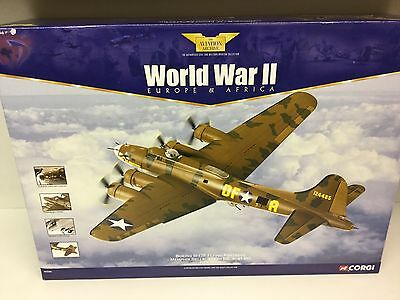 Corgi Aviation Archive AA33301 1:72 B17F Flying Fortress Memphis Belle