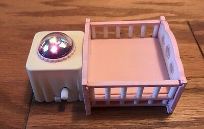 HTF Calico Critters Epcoch doll House  light up Wind Up Rotating Baby Crib