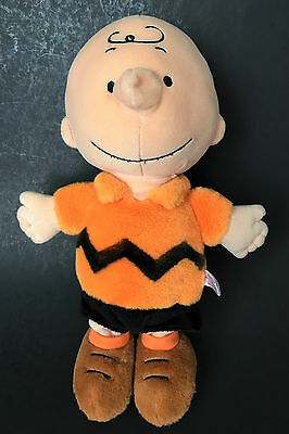 "Cedar Fair Entertainment 2009 Charlie Brown Peanuts Gang 12"" Plush Toy"