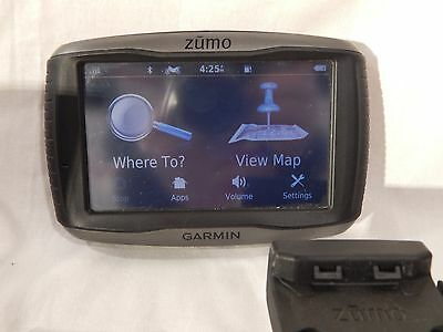 Garmin Zumo 590LM North American Version with Car and Motorcycle Mounts