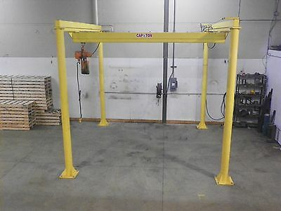 Workstation Crane 1/2 Ton 1,000 LBS Capacity 12' x 12' x 10'H Enclosed Track