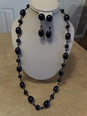 Vintage Navy Blue Plastic and Gold Tone Necklace and Earrings E1