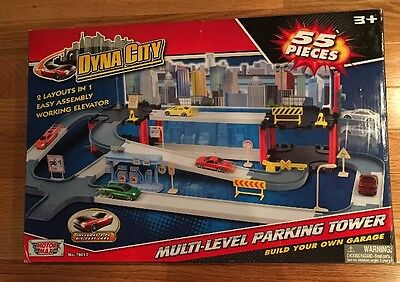 Motormax Dyna City Multi-Level Parking Tower With 2 Sports Cars