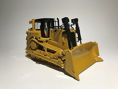 CAT D8T TRACK-TYPE SINGLE RIPPER TRACTOR scale 1:50 8599 diecast model toy