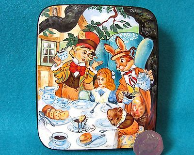 """Lacquer Trinket Box Russian Alice in Wonderland """"A Mad Tea Party Hatter"""" signed"""