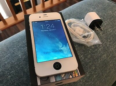 Apple iPhone 4 - 16GB - White / Black (Bell Mobility) Custom Smartphone