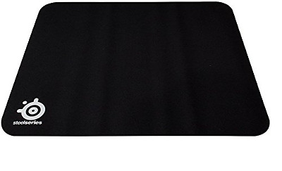 SteelSeries QcK+, Gaming Mouse Pad, 450mm x 400mm, Cloth, Rubber Base, Laser & O