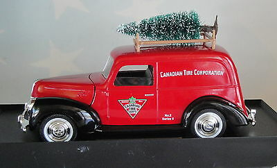1940 Ford Sedan Canadian Tire Coroprtion Liberty Classic Speccast Diecast 20951