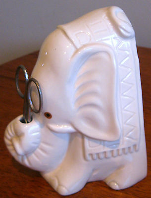 Collectable Retro Ceramic Porcelain Elephant Sewing Kit Figural Ornament (46)