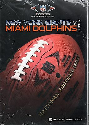 SEALED New York Giants v Miami Dolphins 2007 NFL Series London Programme & Towel