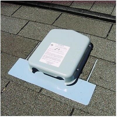 SolaDeck 0786-3R5 Roof Mount Pass Through Junction Combiner Box