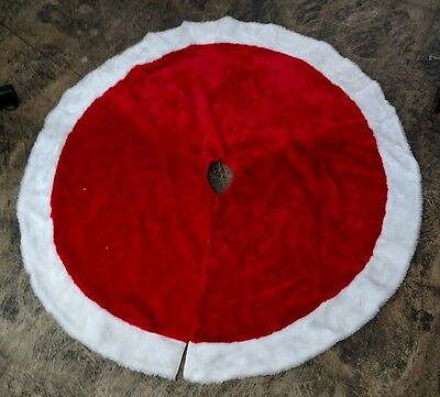 """45"""" Red and White Faux Fur Tree Skirt"""