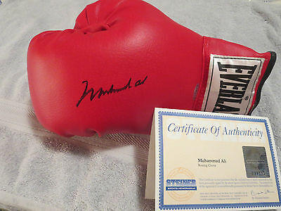 Muhammad Ali Signed Boxing Glove Steiner Certified, Real Authentic Hologram