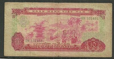 South Viet Nam $10 Dong P.43 (Fine) From 1966-75.
