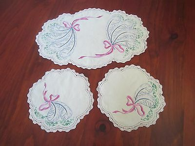 3 x Embroidered Doilies with crocheted trim edge Duchess Set 1 Large, 2 small