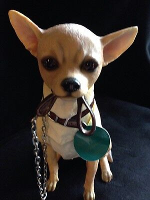 Lovely Chihuahua Dog Figurine Ornament by Leonardo Walkies Collection
