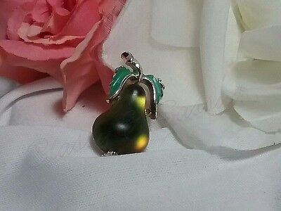 Vintage Gold Deep Emerald Green Austria Frosted Glass Pear Enamel Brooch Pin