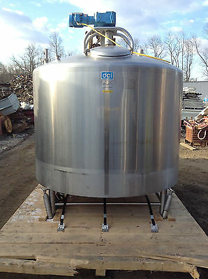 DCI 92 F44831 1110 Gal Insulated Stainless Steel Process Tank w/ Agitator & CIP