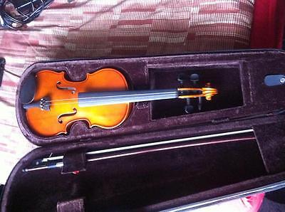 Stentor Violin 1/2 size with case