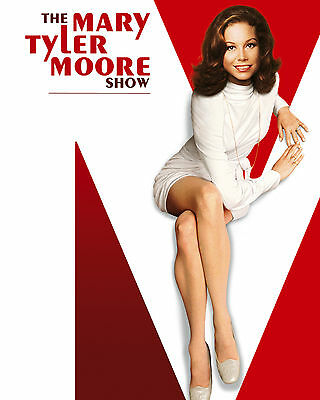 Mary Tyler Moore Show Poster, 8x10 Color Photo