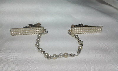 Vintage Gold Faux Pearl Beaded Dangle Chain Scarf Sweater Guard Clip