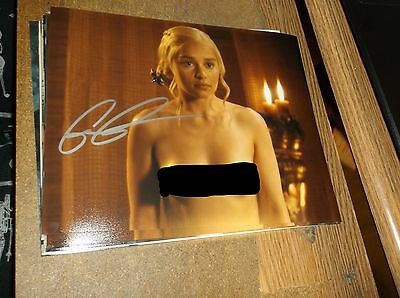 Game of Thrones Autographed Photo #2 Signed by Emilia Clarke (Daenarys)
