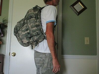Molle II Assault Back Pack US Military Issue Digit Camo 3 Day w/ Stiffner & Pad