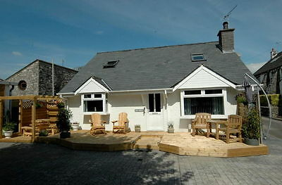 Superb 3 bed fully renovated and extended with possibility of p/x