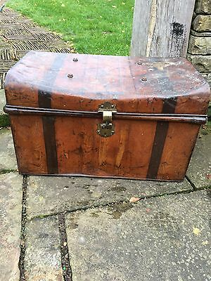 Vintage Metal Steamer Trunk/Chest/Coffee table