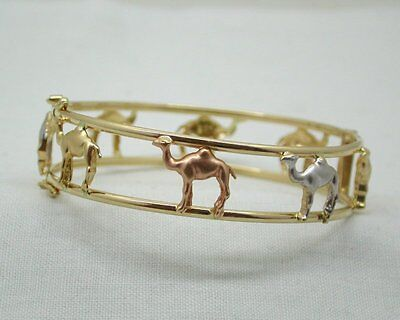 Unusual Vintage Lovely Three Colour Heavy 18ct Gold Camel Bangle