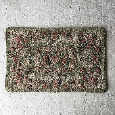 Vintage Floral Hooked Rug Green Rose Shabby Cottage Chic Rectangular 33x21.5