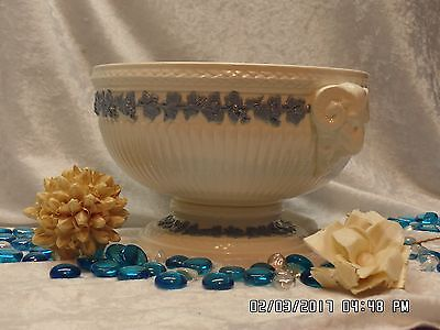 Wedgewood Queensware Lavender/Cream Embossed Footed Ramshead Bowl