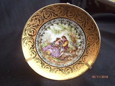 ~Limoges Fragonard White & Gold Cameo Courting Couple Small Display Plate - Vgc~