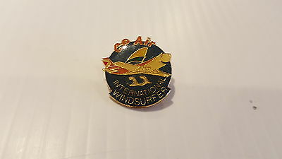 Rare Canadian Pacific Airlines ( Cp Air ) International Windsurfer Pin.