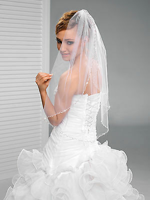 One Layer Wedding Fingertip Length Veil on Comb with Cut Edge W-42