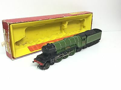 Triang/Hornby R855 OO Gauge LNER A1 4472 Flying Scotsman (Needs Attn)